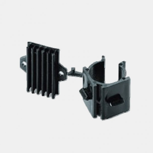 Braçadeira para Suporte de PVC Rodapé Cozinha